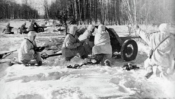 Момент битвы за Москву - боевые действия советских и немецких войск на московском направлении. С 30 сентября 1941 года по 20 апреля 1942 года.