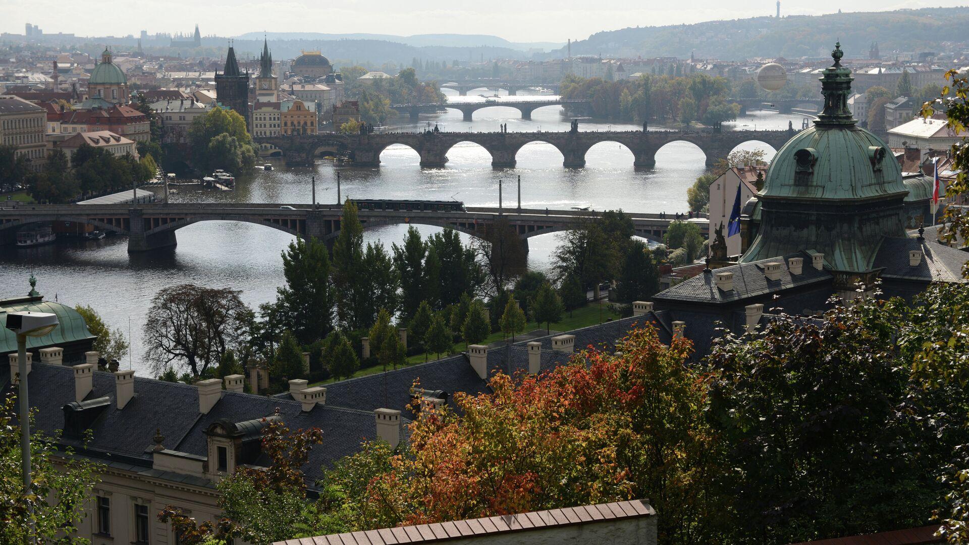 Вид на Прагу со смотровой площадки - РИА Новости, 1920, 04.05.2021