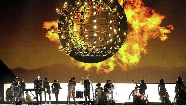 Выступление группы Take that на премии BRIT Awards 2015