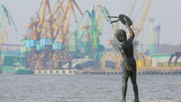 Морской грузовой порт Клайпеды. Архивное фото