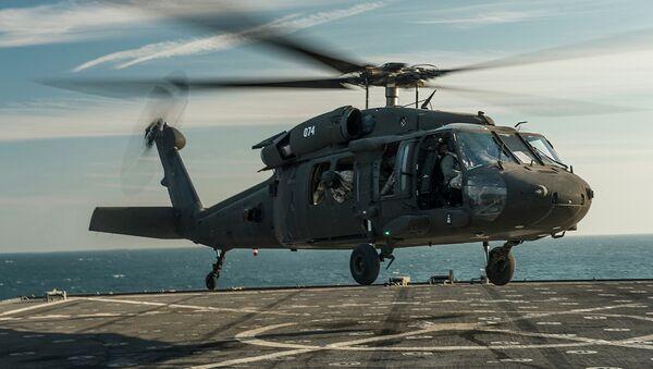 Архивное фото вертолета Black Hawk ВВС США, потерпевшего крушение 10 марта 2015 года