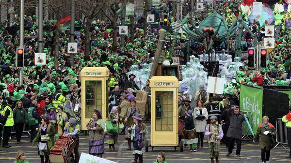 Парад в День святого Патрика в Дублине