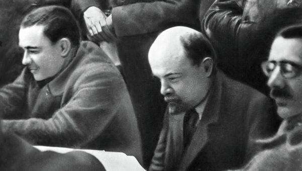 Ленин Серебряков Крестинский на заседании