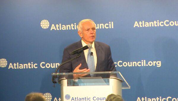 Генерал Кларк предложил два варианта помощи Украине от США