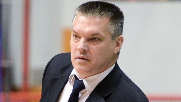 Главный тренер БК УНИКС Евгений Пашутин. Архивное фото