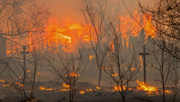 Пожар на окраине города Абакана. Архивное фото
