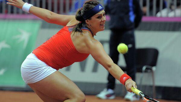 Анастасия Павлюченкова (Россия) в полуфинальном матче Кубка Федерации между сборными России и Германии против Сабины Лисицки (Германия)