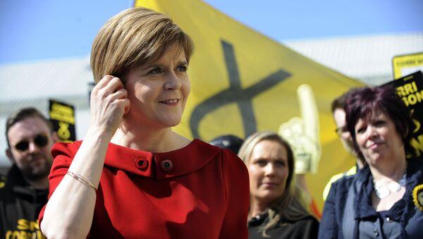 Первый министр Шотландии, а также лидер Шотландской национальной партии Никола Стерджен. 2015 год