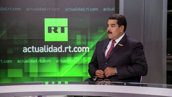 Президент Венесуэлы Николас Мадуро в студии телеканала RT