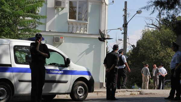 Сотрудники правоохранительных органов в Симферополе. Архивное фото