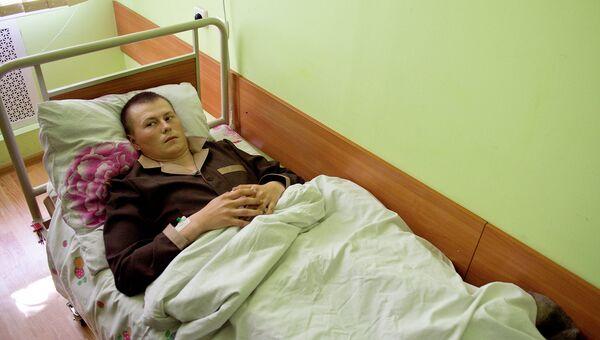 Задержанный якобы российский военный в госпитале Киева. 19 мая 2015