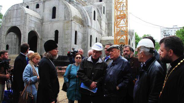 Владимир Ресин на строительстве московского храма во имя святого Иоанна Кронштадтского