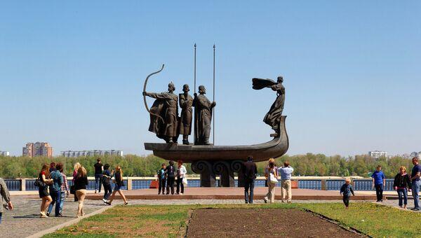 Памятник основателям Киева. Архивное фото