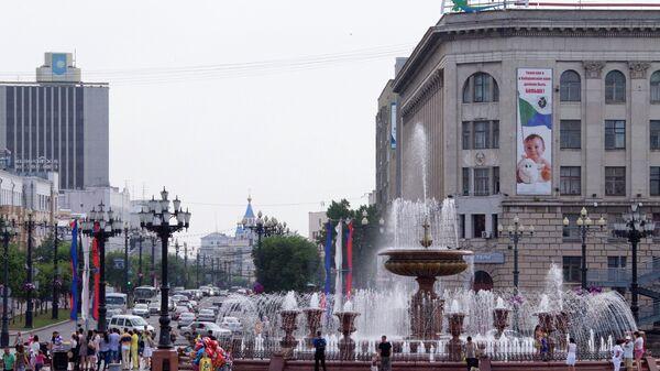 Фонтаны на площади Ленина в Хабаровске