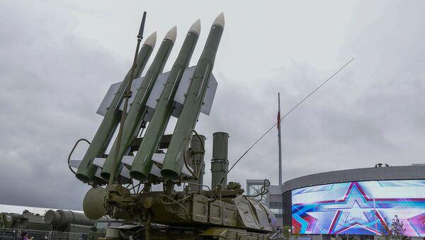 Зенитный ракетный комплекс Бук-1М. Архивное фото