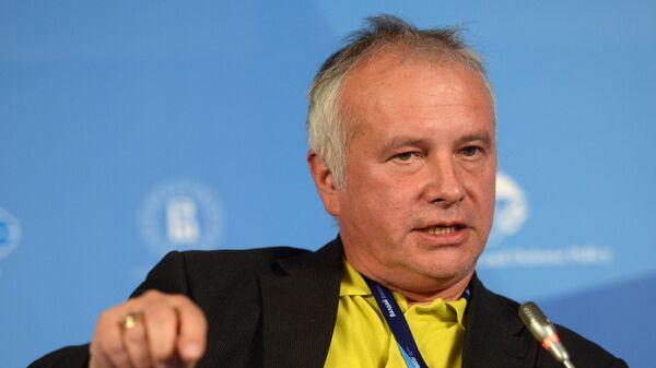 Немецкий журналист-международник Александр Рар