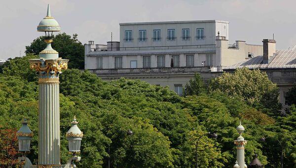 Здание американского посольства в Париже. 24 июня 2015