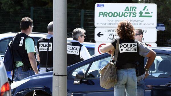 На месте нападения на завод во Франции