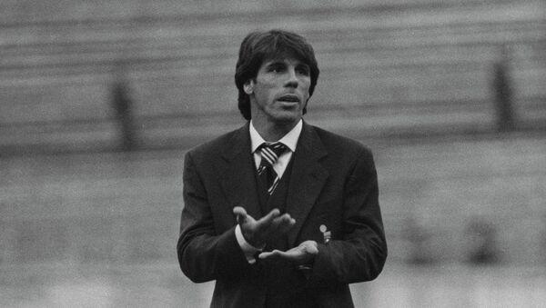 Итальянский футболист Джанфранко Дзола. Архивное фото