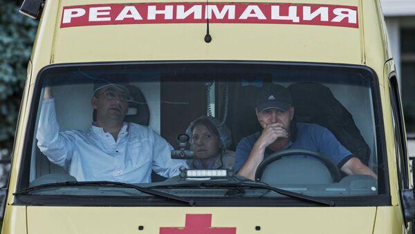 Сотрудники медицинской службы на аэродроме Чкаловский. Архивное фото