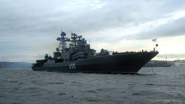 Боевой корабль Северного флота - большой противолодочный корабль (БПК) Адмирал Чабаненко