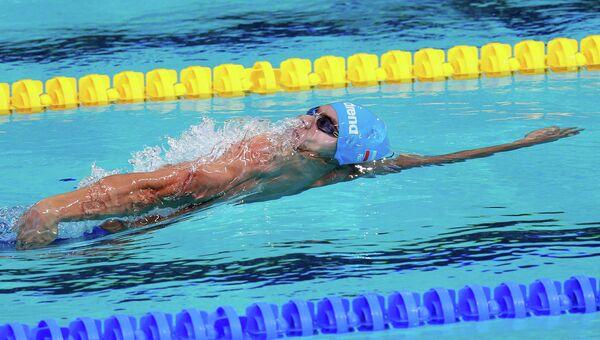 Евгений Рылов (Россия) на дистанции 200 м на спине в финале среди мужчин на XVI чемпионате мира по водным видам спорта в Казани