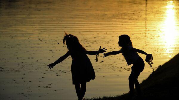 Дети. Архивное фото