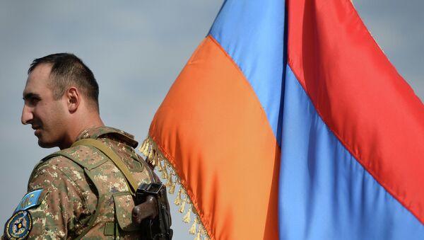 Военнослужащий Вооруженных сил Армении. Архивное фото