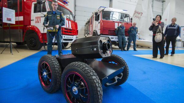 Мобильная роботизированная установка пожаротушения на международной выставке высоких технологий и техники для Арктики в Омске