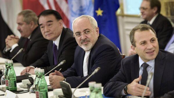 В ожидании встречи в Вене по переговорам по иранскому атому