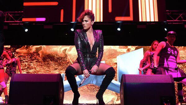 Американская певица Дженнифер Лопес. 2015 год