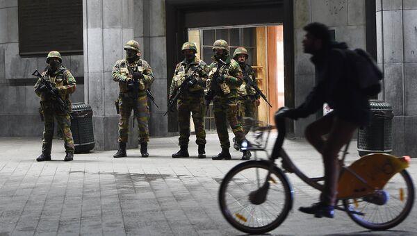 Бельгийские военные на центральном вокзале в Брюсселе. Архивное фото