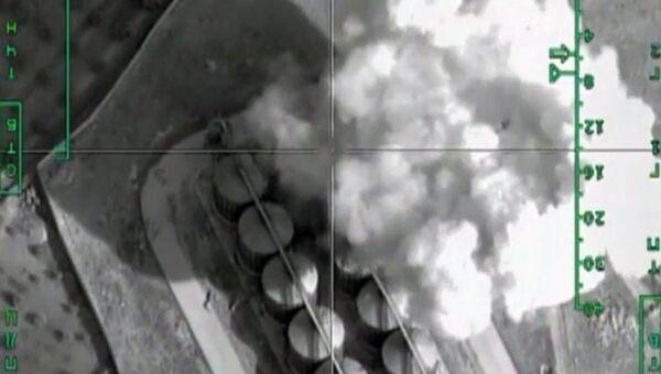 Нанесение авиаудара ВКС России по нефтехранилищам террористов в Сирии. Архивное фото