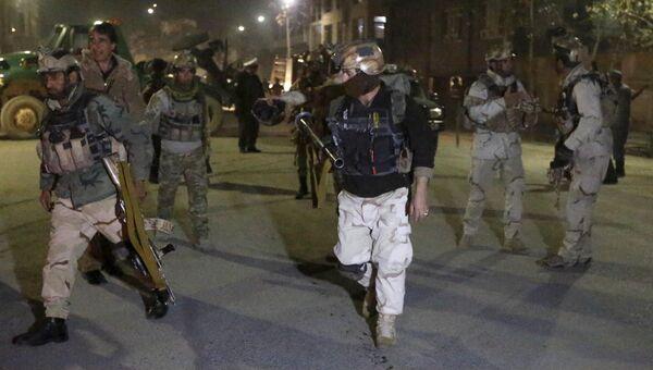 Афганские силовики проводят спецоперацию возле испанского посольства в Кабуле