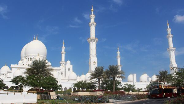 Абу-Даби, Большая мечеть Шейха Заеда. Архивное фото