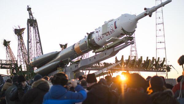Ракета-носитель Союз-ФГ с пилотируемым кораблем Союз ТМА-19М. Архивное фото