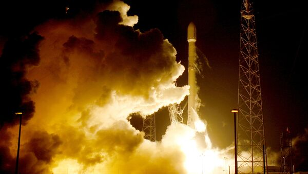 Американская ракета Falcon 9, на космодроме на мысе Канаверал