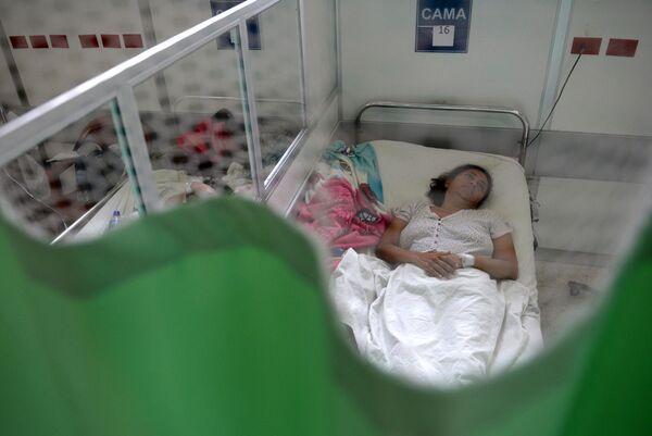 Пациентка с синдромом Гийена-Барре в больнице Сан-Сальвадора