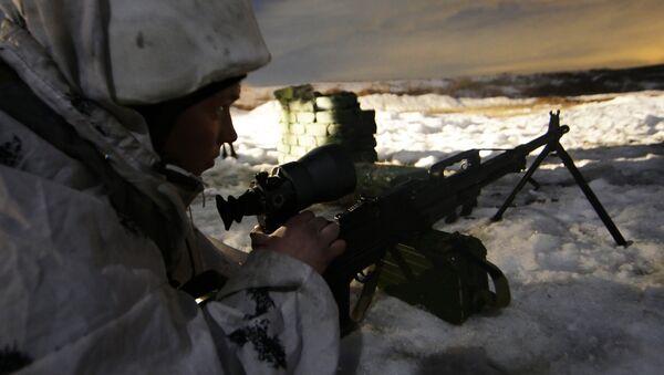 Разведчик-снайпер Кантемировской танковой дивизии. Архивное фото