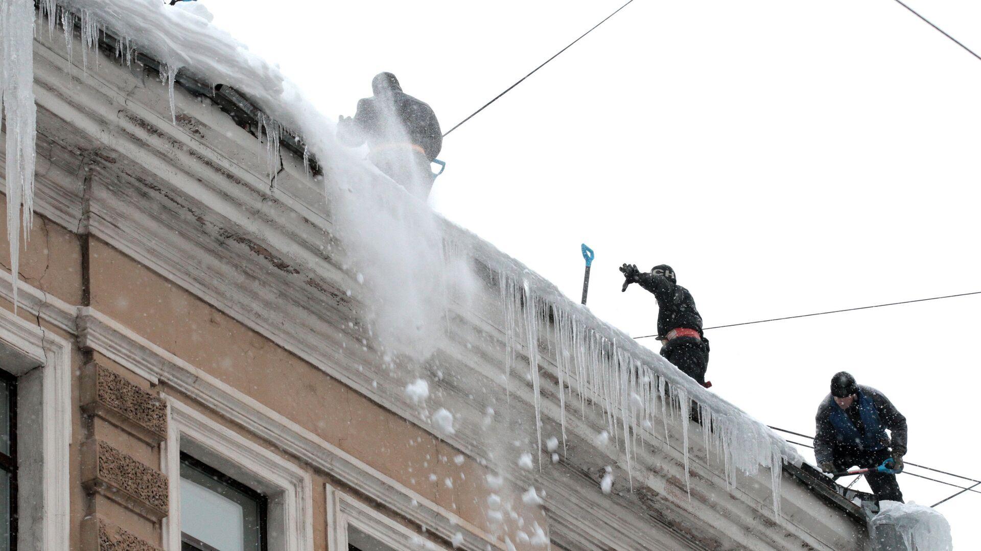 Уборка снега на улицах Санкт-Петербурга - РИА Новости, 1920, 21.10.2020