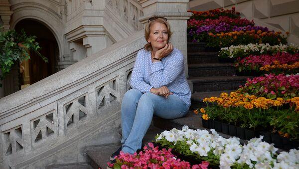 Актриса Ирина Алферова. Архивное фото