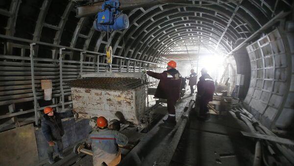 Строительство станции метро. Архивное фото