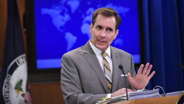 Официальный представитель Государственного департамента США Джон Кирби в Вашингтоне. Архивное фото