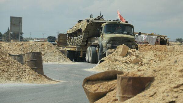 Военная техника Сирийской арабской армии (САА) на дороге к Пальмире