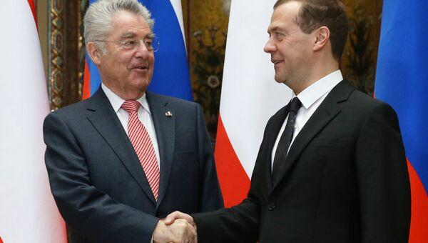Премьер-министр РФ Д. Медведев встретился с президентом Австрии Х. Фишером