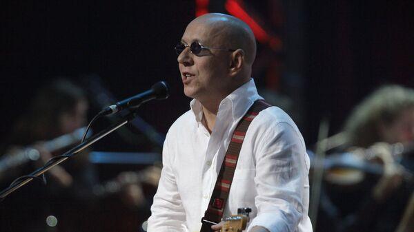 Музыкант рок-группы Воскресение Андрей Сапунов. Архивное фото