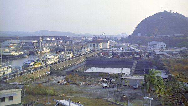 Вид на Панамский канал