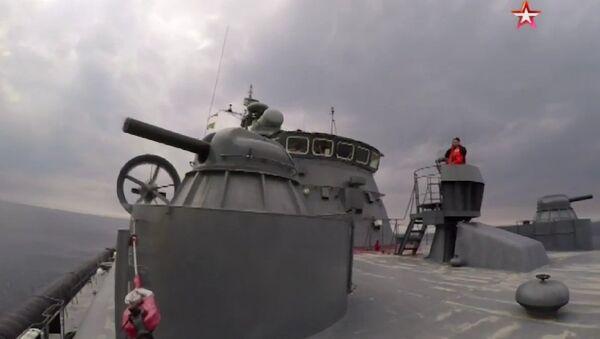 Атака самого большого в мире корабля на воздушной подушке