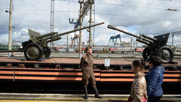 Прибытие агитпоезда Армия Победы в Екатеринбург