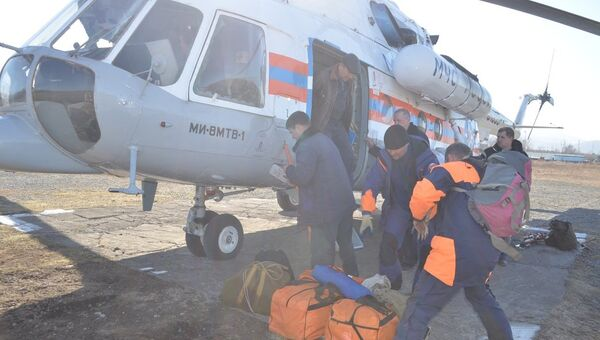 Поисковые работы на месте крушения вертолета Robinson на Камчатке